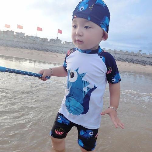 ชุดว่ายน้ำเด็กผู้ชาย ลายไดโนเสาร์ สีขาว เซ็ต 3 ชิ้น ไซส์ 4-14 # 0258