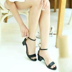 ESTHER รองเท้าแฟชั่นผู้หญิงส้นสูง รุ่น M1116 - Black (สีดำ)
