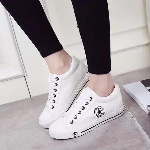 ด่วน ESTHER รองเท้าผ้าใบแฟชั่นผู้หญิง รุ่น CM9107 - White กำลังลดราคา