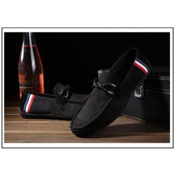 ปกติของคนธรรมดารองเท้าม็อคคาซินหนังกลับขับรถสีดำ