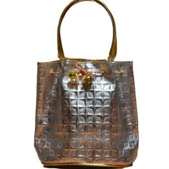 Nuchon Bag กระเป๋าคล้องแขน กระเป๋าถือ ทรงขนมจีบ แบบรหูรูด สีเงิน รุ่น Gold/Silver