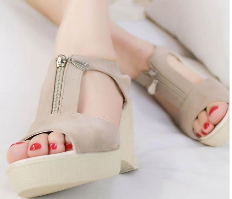 Ye A17-3_A Female 2017 Summer Slope High Heels Sandals(Apricot) - intl ...