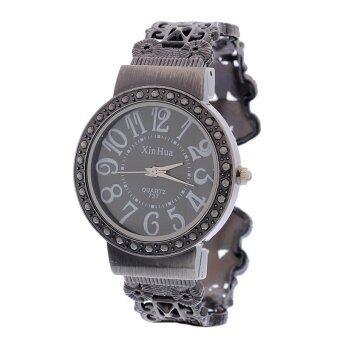 8ปี B84676 นาฬิกาข้อมือผู้หญิง สีดำ
