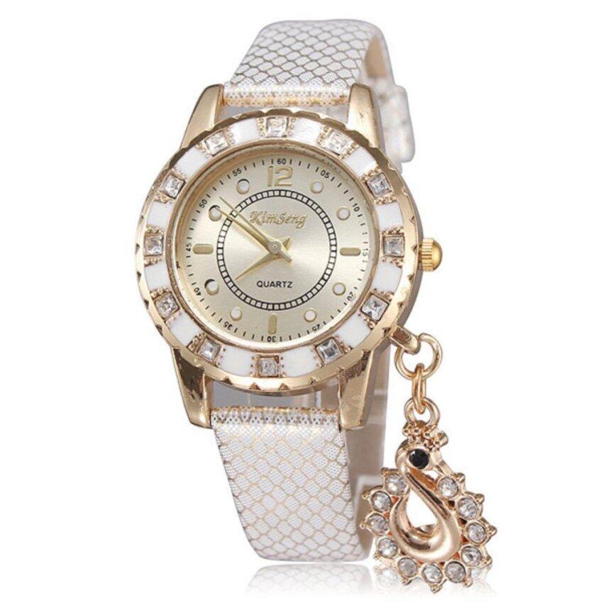 ด่วน Neptune นาฬิกาแฟชั่น นาฬิกาข้อมือ ผู้หญิง สายหนังงู สีขาว SnakeSkin Fashion Diamond Women Lady Watch (White) กำลังลดราคา