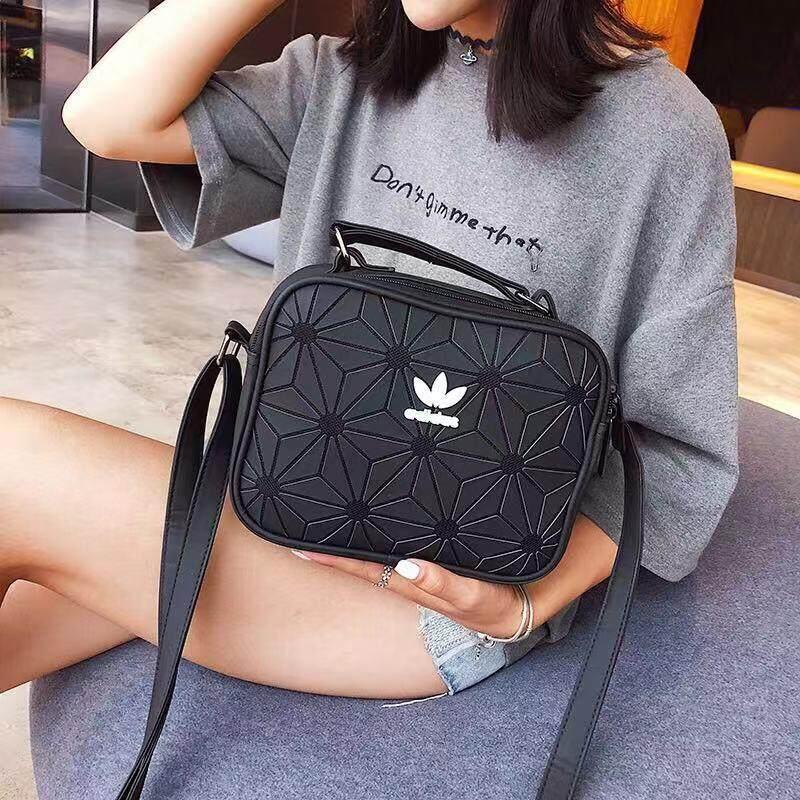 กระเป๋าถือ นักเรียน ผู้หญิง วัยรุ่น ชลบุรี ADIDAS new fashion single shoulder Messenger bag cross section1819