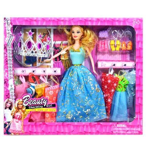 ตุ๊กตาพร้อมชุดให้เปลี่ยนเล่น และมีมงกุฏ เหมาะสำหรับเป็นของขวัญให้น้อง ๆ.
