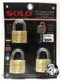 สุดยอดสินค้า!! **ส่งฟรี Kerry** SOLO แม่กุญแจทองเหลือง กุญแจคีย์อะไล้ท์ กุญแจล๊อคโซโล แม่กุญแจ 3ตัวชุด หูสั้น ทรงมน (รุ่น Key Alike-4507N ขนาด 45มม.) ชุดละ 3 ลูก