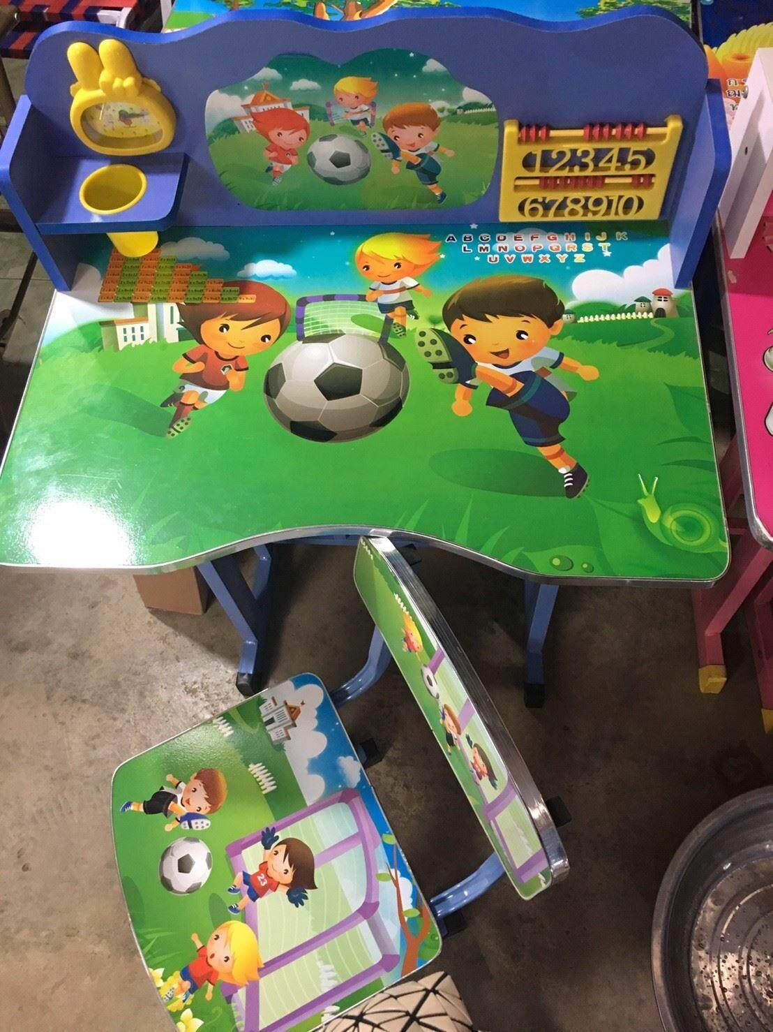 ลดสุดๆ โต๊ะเขียนหนังสือลายเด็กแตะบอลส่งฟรีkerry