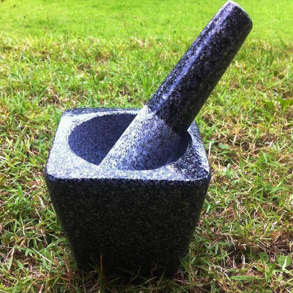ครกหินพร้อมสาก ครกหินราคาถูก ทรงสี่เหลี่ยม ขนาด 5.5 นิ้ว สำหรับตำน้ำพริก ไม่ต้องไปไกลถึงอ่างศิลา By Bbponline.