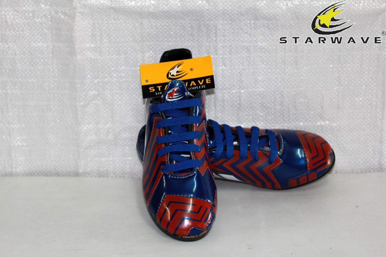 Starwave รองเท้า ฟุตบอลเด็ก (สตั๊ด ) Football Shoes Sf62 เบอร์ 0.5 สีน้ำเงิน By Phatshopsports.