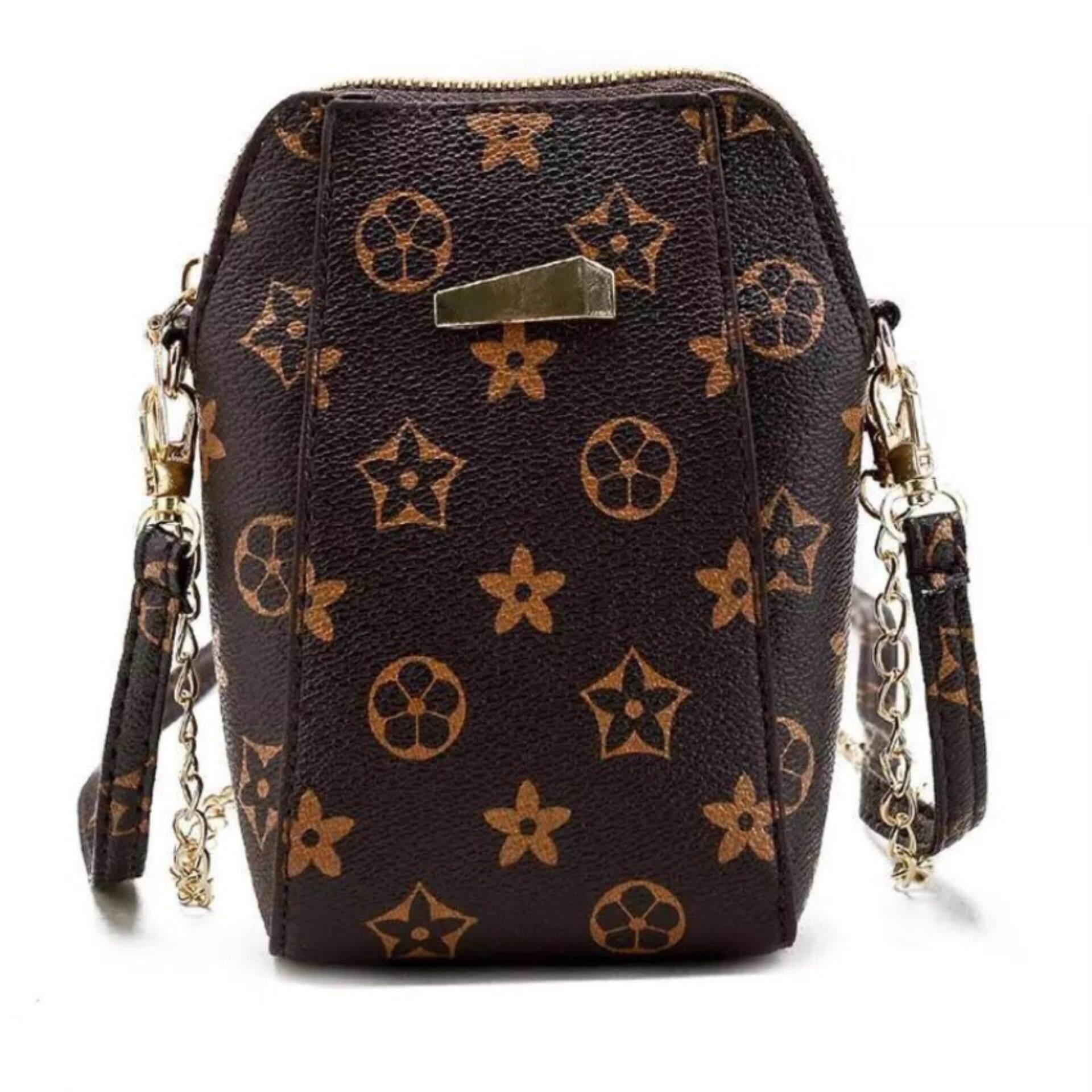 กระเป๋าสะพายพาดลำตัว นักเรียน ผู้หญิง วัยรุ่น ตาก FGN กระเป๋าเป้สะพายหญิง Bag กระเป๋าทรงสูง กระเป๋าแฟชั่นสายโซ่ทอง  สีน้ำตาล   กระเป๋าใส่โทรศัทพ์  รุ่น FGN 085