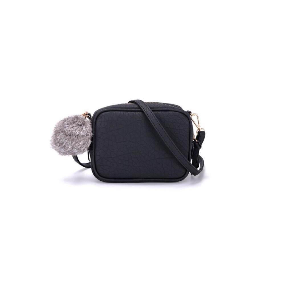 กระเป๋าสะพายพาดลำตัว นักเรียน ผู้หญิง วัยรุ่น เพชรบุรี กระเป๋าสะพายข้าง mini Bag  พร้อมปอมๆ  กระเป๋าปอมๆ รุ่นYK 001