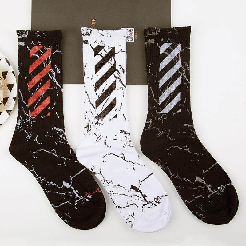3 Pairs/lot Street Dance ฟ้าผ่าถุงเท้าผู้ชายถุงเท้าฤดูใบไม้ผลิและฤดูร้อนน้ำรุ่นเกาหลีของถนนยุโรปและสหรัฐอเมริกา Hip Hop แนวโน้มสเก็ตบอร์ดถุงเท้า By Lady Sweetie.