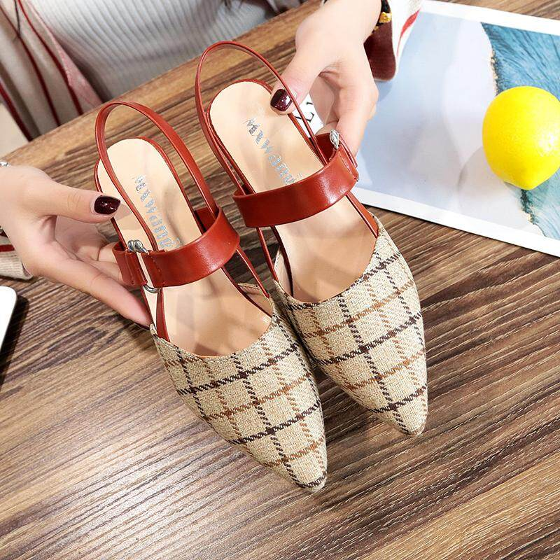 ราคา วิทยาลัยฤดูใบไม้ผลิและฤดูร้อนใหม่สีสะกดรองเท้าส้นสูงรองเท้า สีดำ ราคาถูกที่สุด
