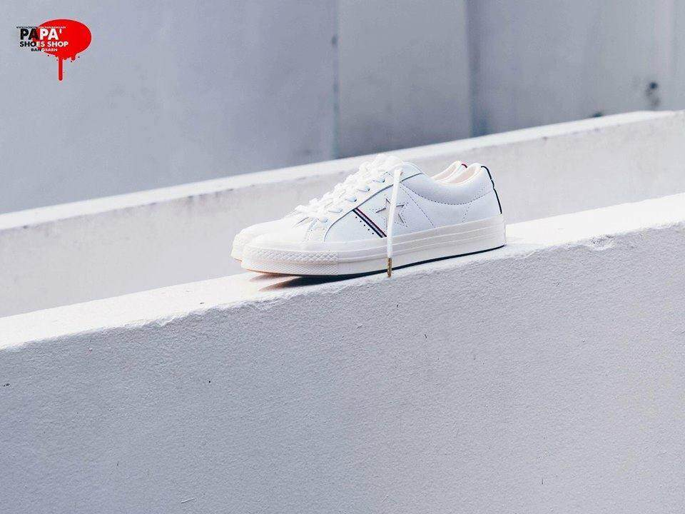 ยี่ห้อไหนดี  นครสวรรค์ Converse One Star Piping Detail ox White/ Enamel Red