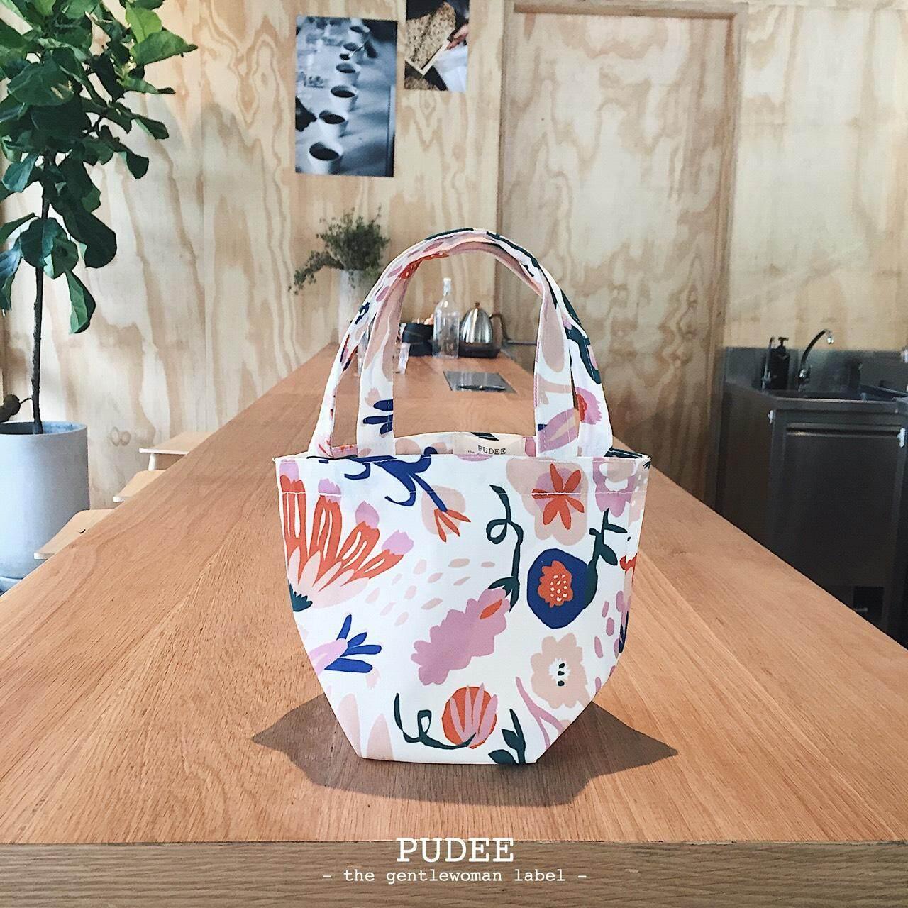กระเป๋าสะพายพาดลำตัว นักเรียน ผู้หญิง วัยรุ่น ศรีสะเกษ Pudee - กระเป๋า รุ่น tropi mini lunch bag