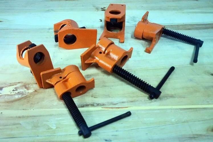 ชุดแคลมป์ท่อขนาด 1/2 Pipe Clamp 1/2 By Cat Carpenter.