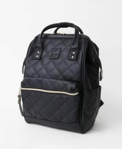 ยี่ห้อนี้ดีไหม  เพชรบูรณ์ มาใหม่ สีดำ Anello Quilting Hinge Clasp Backpack รุ่นหนังเย็บ ไซส์คลาสสิค ขนาด กว้าง27*สูง 40* หนา17 ซม