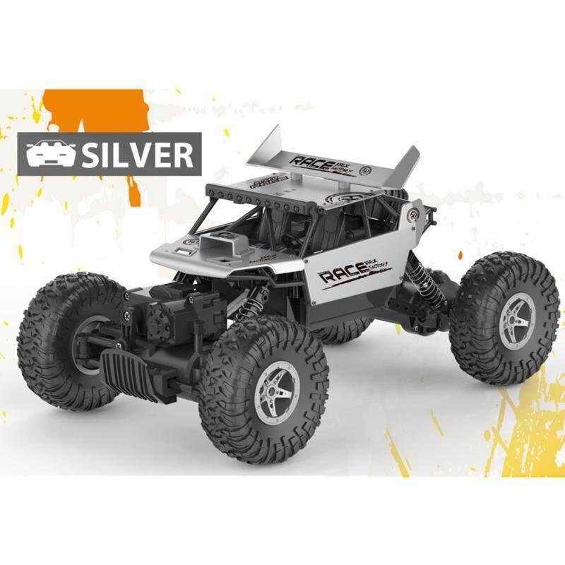รถบังคับวิทยุ รถไต่หิน Monster Rock Crawler ตัวรถเป็นโลหะอัลลอยสวยงามมาก มีสปอยเลอร์หลัง  อัตราส่วน 1:18 – Jd Toys – 699-108 (สีเงิน).