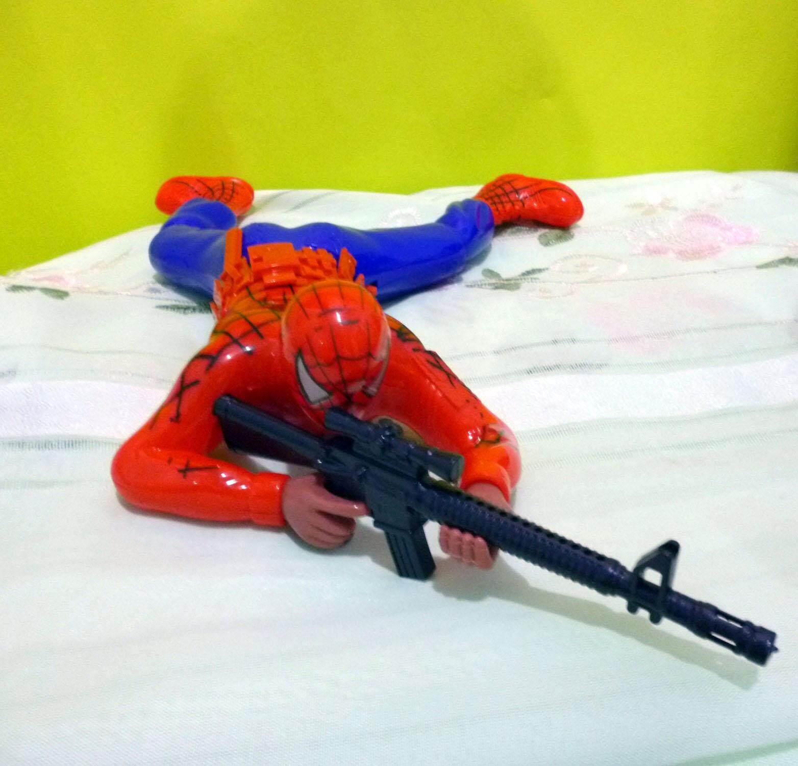 ตุ๊กตาคลานสไปเดอร์แมน มีเสียง มีไฟ เคลื่อนที่ได้  (สีแดง).