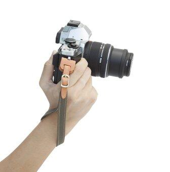 Aeskimo สายคล้องกล้อง Mirrorless รุ่น Aive Wrist Strap (Cotton) - สีเขียว Vintage Green