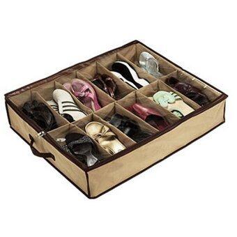 Fancytoy 12 รองเท้าสองคู่วางอยู่บนตู้เก็บออแกไนเซอร์ผ้ากระเป๋ากล่อง