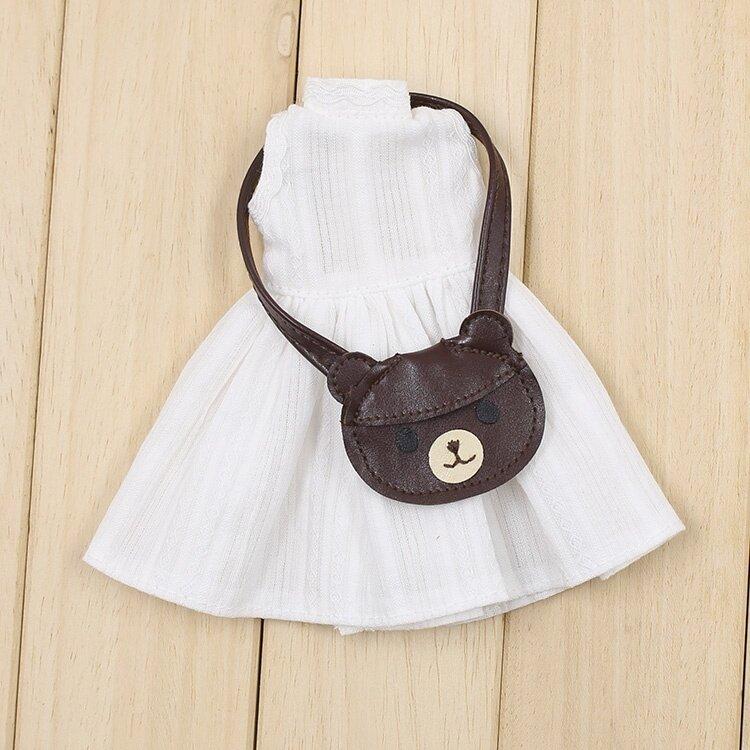 Blythe สีขาวแขนกุดกระโปรงกระเป๋าสะพายไหล่ตุ๊กตาผ้าขนาดเล็ก