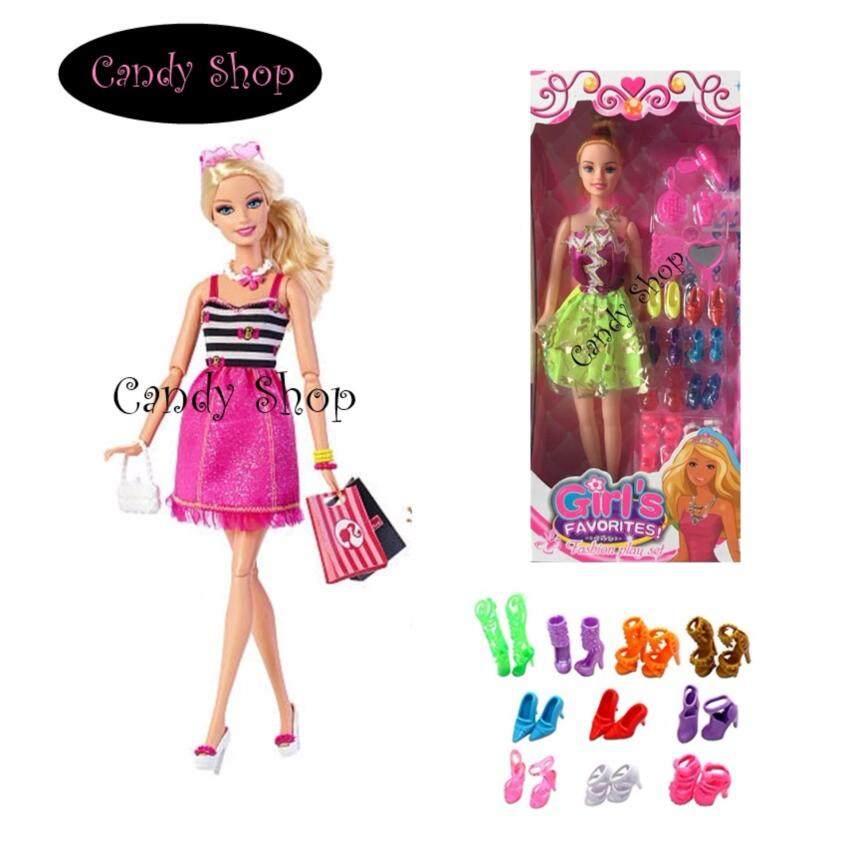 Candy Toy ตุ๊กตา พร้อมรองเท้า  8  คู่  เเละอุปกรณ์เเต่งตัว  (กระโปรงคละสี)