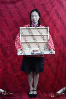 Cos สี่อาจหญิงเด็กขายหนังสือพิมพ์หญิง yan xiang