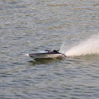 เรือแข่งสปีดโบ๊ต บังคับรีโมทวิทยุ FT012 2.4G Brushless RC Racing Boat
