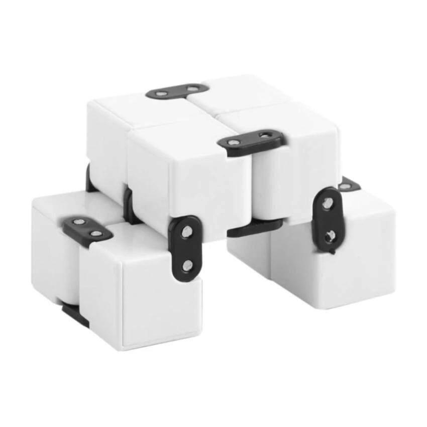 ลูกเต๋าฝึกสมอง หมุนลูกเต๋ามือ ต่อได้ไม่สิ้นสุด - Funny Mini Magic EDC Infinity Cube Anti Anxiety Stress Relieve Fidget Hand Toy