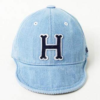 Baby Touch หมวกเด็ก พรีเมี่ยม แก๊ปยีนส์ตัวอักษร H (น้ำเงิน)