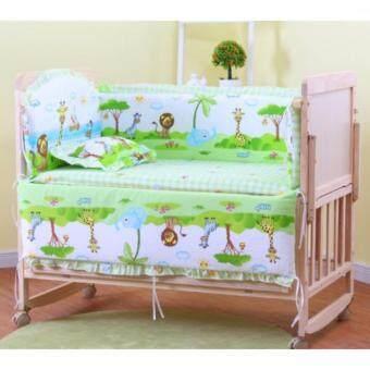 เตียงนอนไม้สำหรับเด็ก Classic Natural ขนาด 60 x 100 x 85 เซนติเมตร ติดล้อปรับเป็นเปลได้ มาพร้อมที่นอนลายยีราฟ