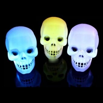 Vanker-Colorful Halloween Flash LED Skull Night Light Home PartyLamp Decor Prop - intl
