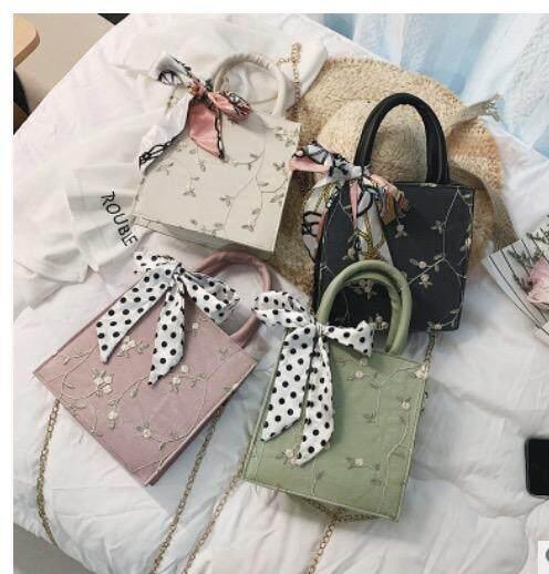 กระเป๋าเป้ นักเรียน ผู้หญิง วัยรุ่น ชัยภูมิ กระเป๋าสะพายข้าง ใบใหญ่ ผ้าพันคอ bag