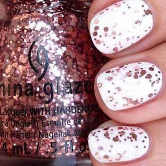 China Glaze - Nail Lacquer ยาทาเล็บ ไชน่าเกลซ สี I Pink I Can -81474