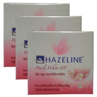 Hazeline Whitening Cream Pearly White UV ครีมบำรุงผิวหน้าอุดมไปด้วยคุณค่าสารสกัดจากไข่มุกธรรมชาติให้ผิวขาวกระจ่างใสเปล่งประกายดุจไข่มุก ปกป้องผิวจากแสงแดด พร้อมเติมความชุ่มชื่นให้กับผิว เนียนนุ่ม ขาวกระจ่างใส 45g (3 กล่อง)