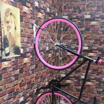 Cbike ที่แขวนจักรยานแบบแขวนล้อ (สีดำ) ที่เก็บจักรยานติดผนัง เกี่ยวล้อ