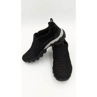 ราคา รองเท้า Aquatwo รองเท้าลุยน้ำ ใส่เดินป่า เดินเล่น แห้งไว ระบายอากาศดีเยี่ยม (สีดำ)