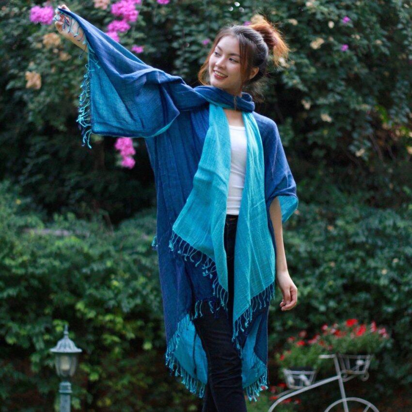ChiangMai Fashioning เสื้อคลุม พร้อม ผ้าพันคอสุดชิค สี คราม-ฟ้า
