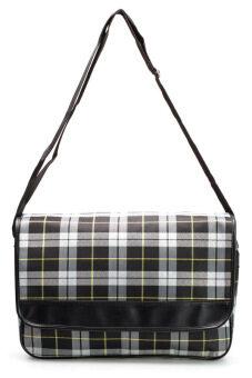 DM กระเป๋าสะพายข้าง รุ่น Scottish L - Black