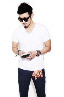 All about Fashionista Slim Fit T-Shirt เสื้อยืด คอวี แขนสั้น ทรงเข้ารูป - สีขาว