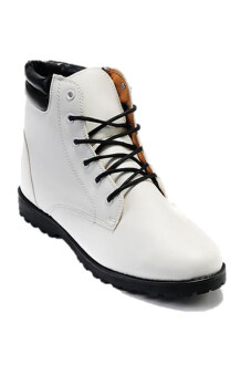 Afterthat รองเท้าบู๊ท รุ่น HK86 - สีขาว