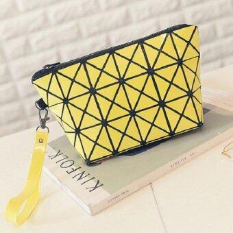 Open กระเป๋าสะพายข้าง กระเป๋าถือ กระเป๋าลายพีรมิด รุ่น 006 (สีเหลือง)