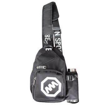 Peimm Modello Shoulder Bag กระเป๋าสะพายพาดลำตัว กระเป๋าคาดอก ช่องแยกส่วนใส่ขวดน้ำ สไตส์เกาหลี (สีดำ)