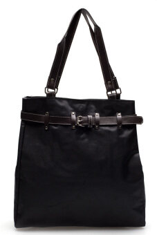 DM กระเป๋าสะพายไหล่ Belt Rivet -- สีดำ