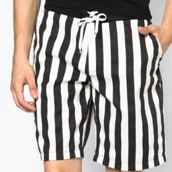 Play Hard กางเกงขาสั้น ลำลอง ลายทางสีดำ - ขาว (แนวตั้ง)