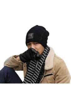 คนสวมหมวกไหมพรมหมวกหญ้าคาในฤดูใบไม้ร่วงฤดูหนาวสวมหัวกะโหลกสีดำ
