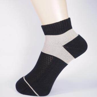 Airr Apparel ถุงเท้าสุขภาพสำหรับนักกอล์ฟ รุ่น Airr Tour สี Black/Grey