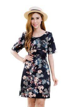 Mami Dress ชุดเดรสให้นมลายดอกไม้ บนพื้นดำ ช่วยขับให้คุณโดดเด่น งามสง่า เรียบหรู ดูแพง 44-FLBBL